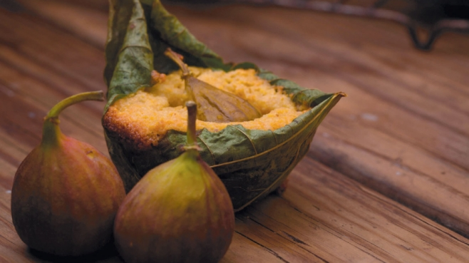 fig leaf stuffed with cornmeal